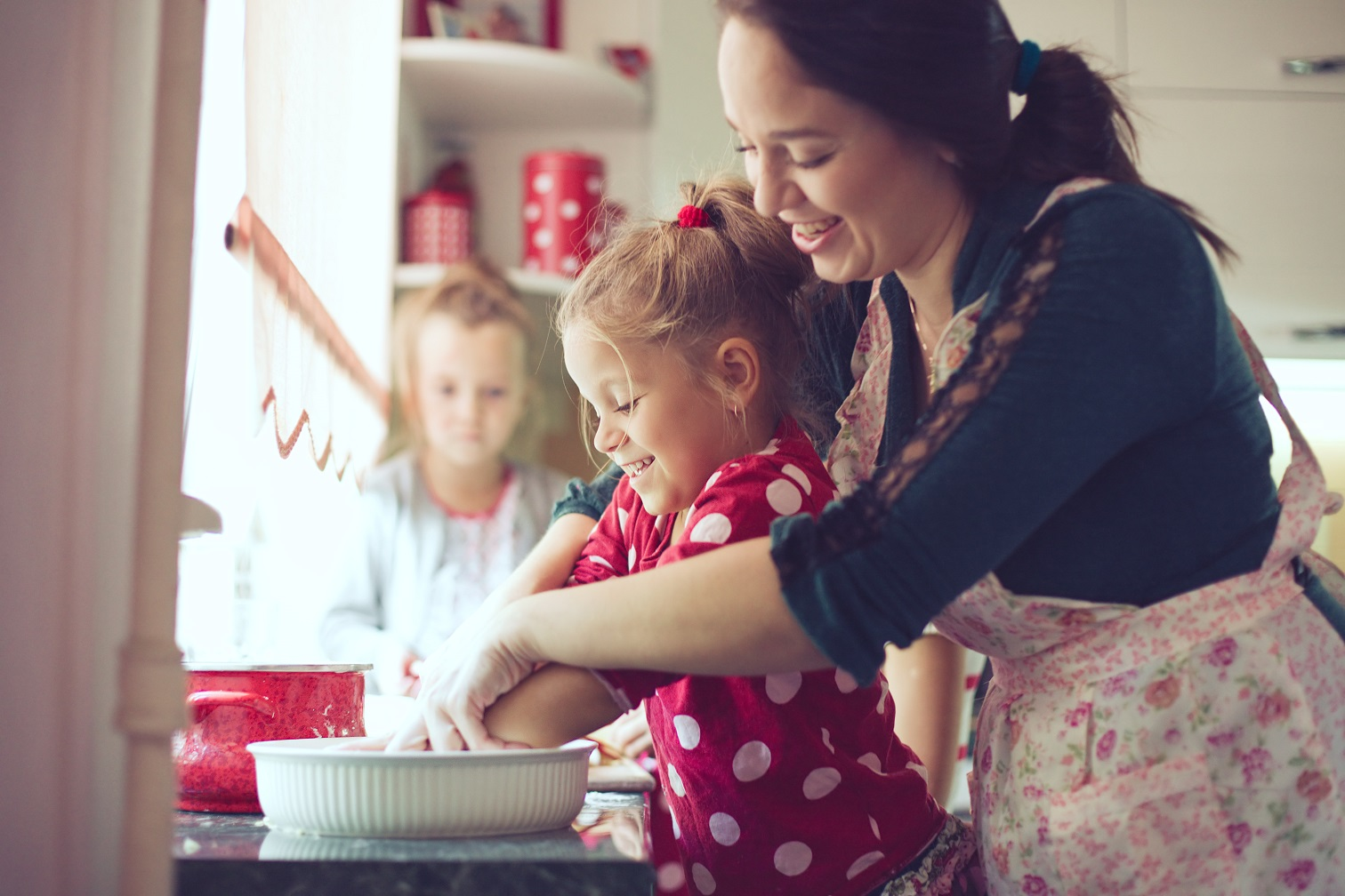 Age appropriate cooking tasks for kids – from tiny tots to teens