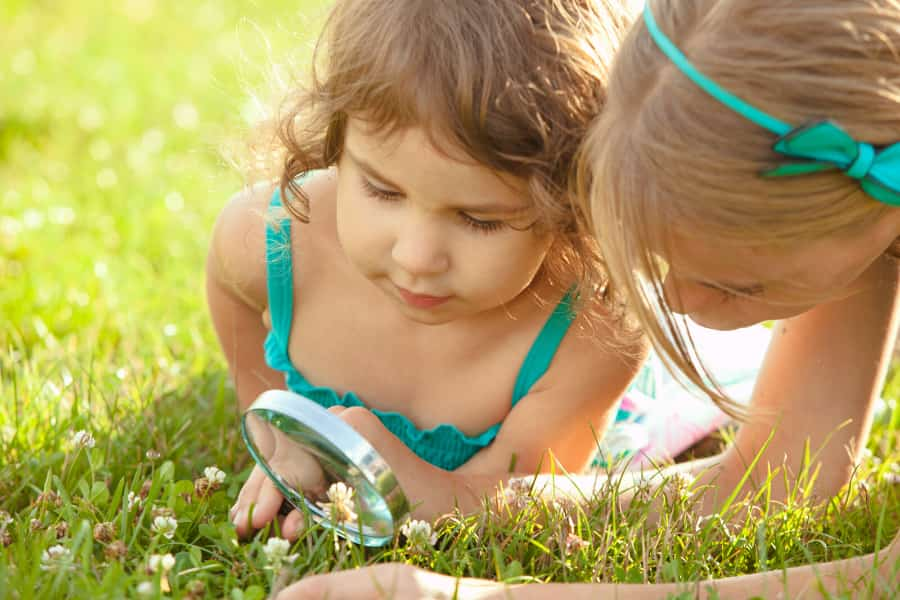 16 Backyard Nature Play Activities To Teach Resilience